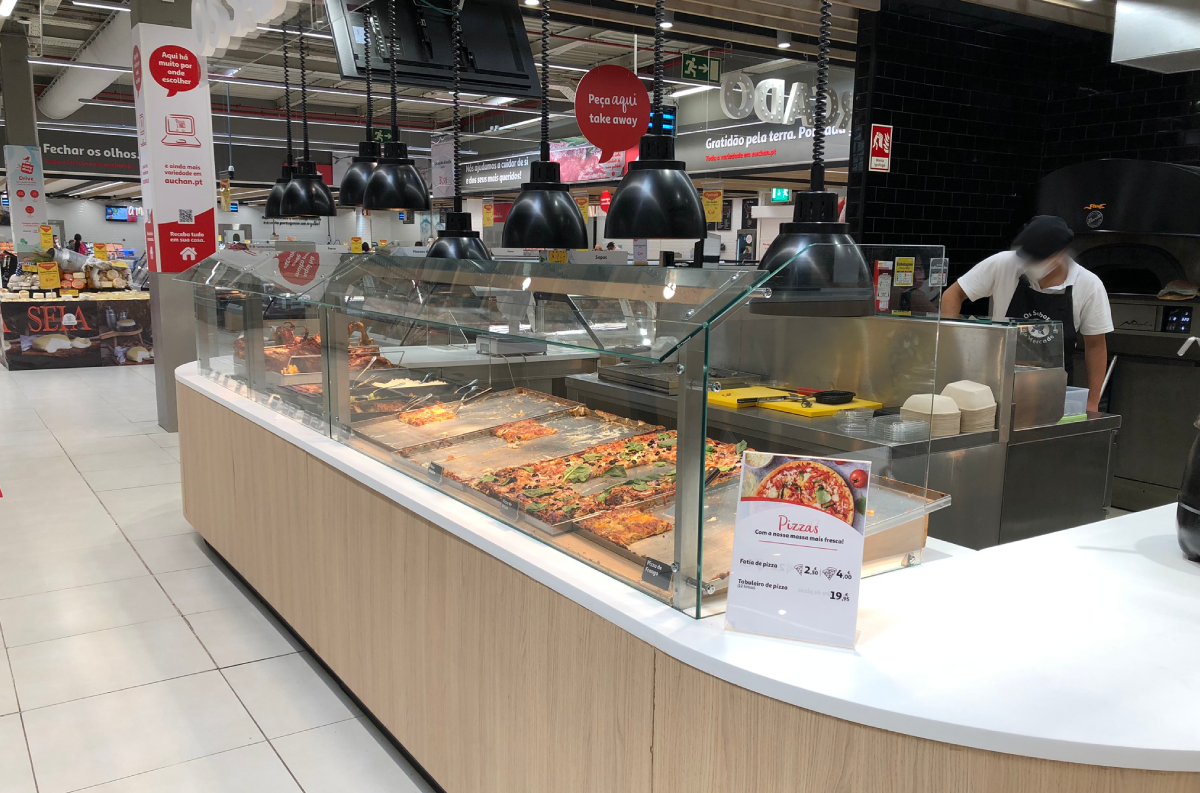 Expositores para pizza e take-away. | Pizza and Takeaway display.